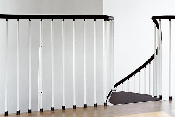 civik-balcony-white